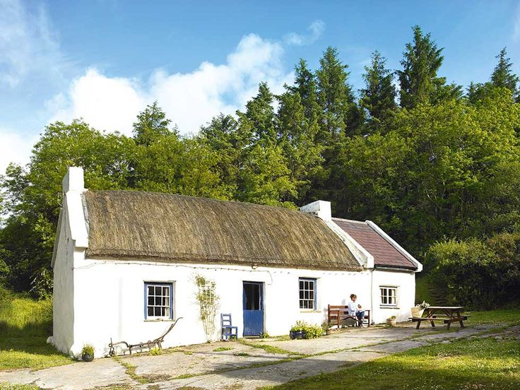 1000 images about little white houses on pinterest cute house picket fences and cottage in - The thatched cottage ...