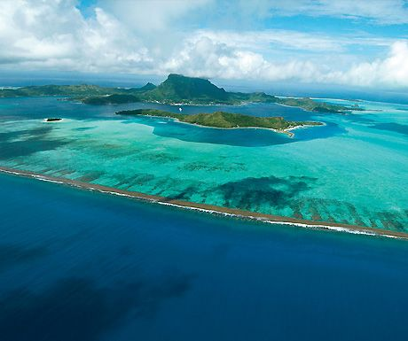 Photograph of the week: The Society Islands  http://www.aluxurytravelblog.com/2012/10/24/photograph-of-the-week-the-society-islands/