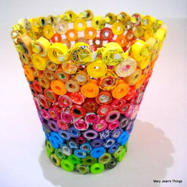 Candy Wrapper Vase Sculpture - #Upcycle This! 13 Ways to Reuse Candy Wrappers #crafts