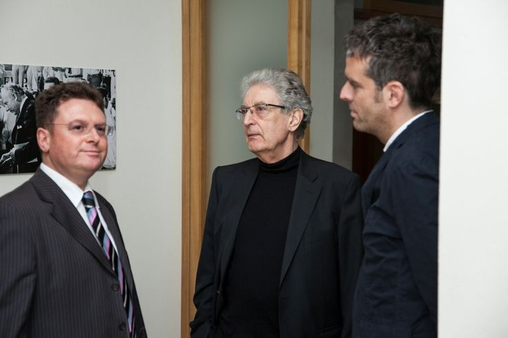 Gerhart Baum und Prof. Dr. Julius Reiter u.a. bei der Veranstaltung mit Christian Lindner in der Kanzlei baum Reiter & Collegen am 25.04.2012
