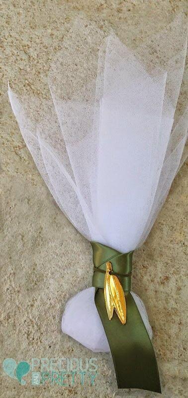 Olive wedding favors G163