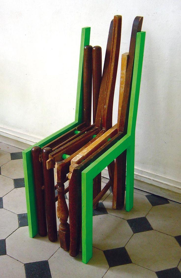 Sauvez les meubles by 5.5 Designers