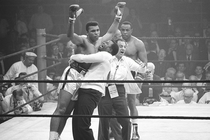 How Muhammad Ali First Received in the Ring