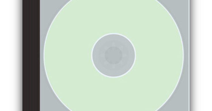 Cómo imprimir un papel para que entre en la caja de un CD. Personaliza tus CD y DVD con una caja de diseño personalizado. Al reiniciar los márgenes de tu programa de procesador de textos, como por ejemplo Microsoft Word, puedes crear una plantilla con un tamaño personalizado fácil de imprimir. El tamaño de la caja de un CD es de 4,75 x 4,75 pulgadas (12x12 cm).