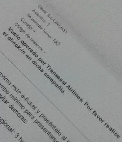 O e-ticket de 21/3/2013 diz que meu voo é operado pela Transeast Airlines, companhia da Letônia que deixou de voar em 2001. #meda