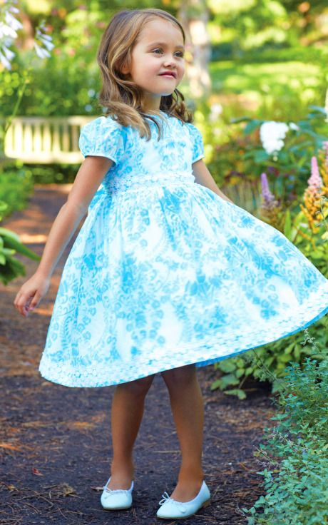 Oscar de la Renta Childrenswear Spring/Summer 2014 Trunkshow Look 2 on Moda Operandi