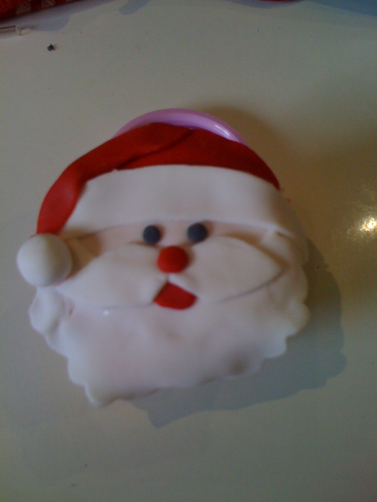 Santa face cake  Done last christmas - took forever!!  But now have a method...