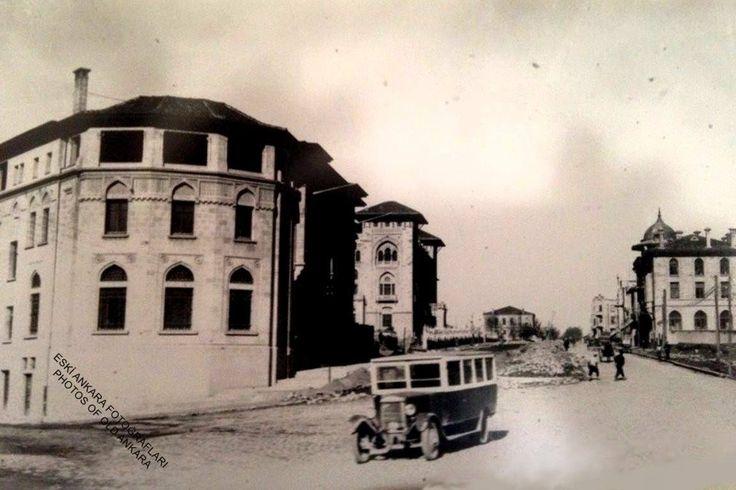 1930'ların başlarında Bankacılar Caddesi...