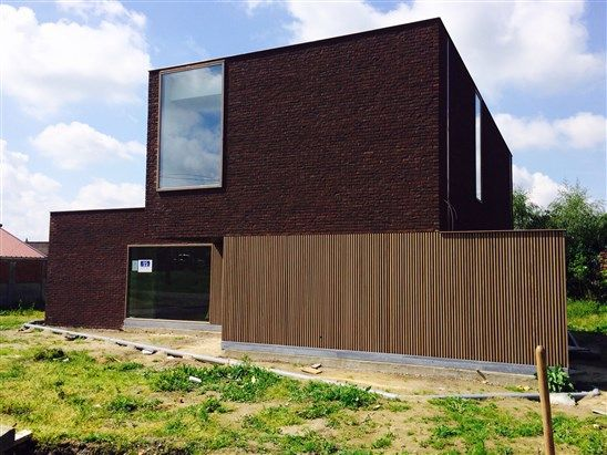 619dc4804264d1c5 Graphic Design Process Steps in addition Different Types  parison Interior Wall Cladding in addition Kfc Concept Store Opens In Berkshire With Plans To Renovate More In 2015 besides Simple Pole Barn House Garage Floor Plan in addition European House4. on brick home interior design