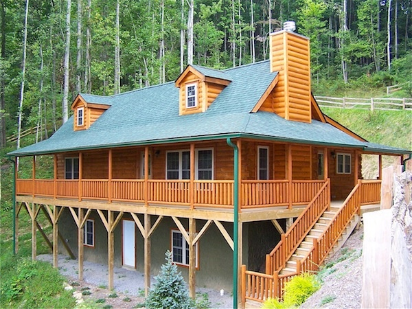 Mountainvacation cabin deck design blowing rock log for Log home decks