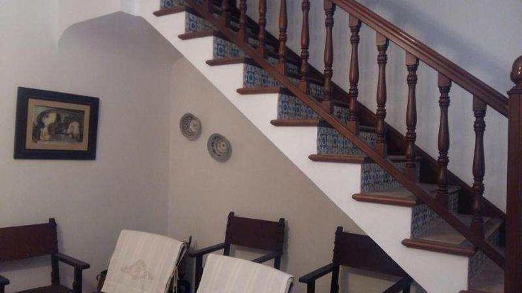 160m² Dorfhaus mit Kamin & Patio, unmöbliert oder teilmöbliert: Im Inselinneren in Sant Joan wird dieses Dorfhaus zur Langzeitmiete frei. Es verfügt über 4 Zimmer und 3 Bäder auf 2...