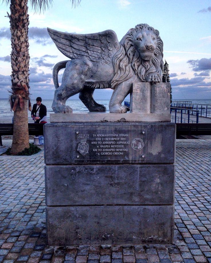 Venetian Lion of St. Mark, promenade in Larnaca/wenecki lew św. Marka, promenada w Larnace