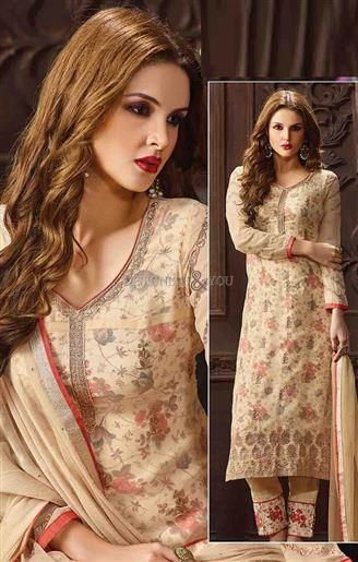 Pakistani Boutique Dress Of Current Fashion Trend Online Shopping Visit: http://www.designersandyou.com/dresses/pakistani-dresses #Pakistani Style #Salwar #SalwarKameez #Trendy #Modern #Embroidered #Fashion #NewLook #DesignerWear #Designs #PakistaniDresses #Party #Youth