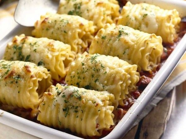 Chicken and Cheese Lasagna Roll-Ups - Click for Recipe