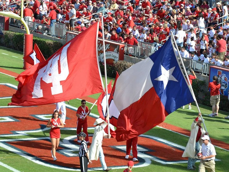 University of Houston Cougars football - school and state of Texas flags