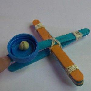 Fabriquer une mini catapulte !