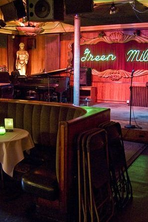 5 Chicago Comedy Shows You Don't Want to Miss via @PureWow