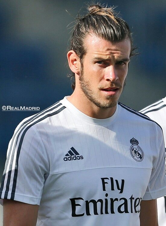 Gareth Bale. Man bun on point