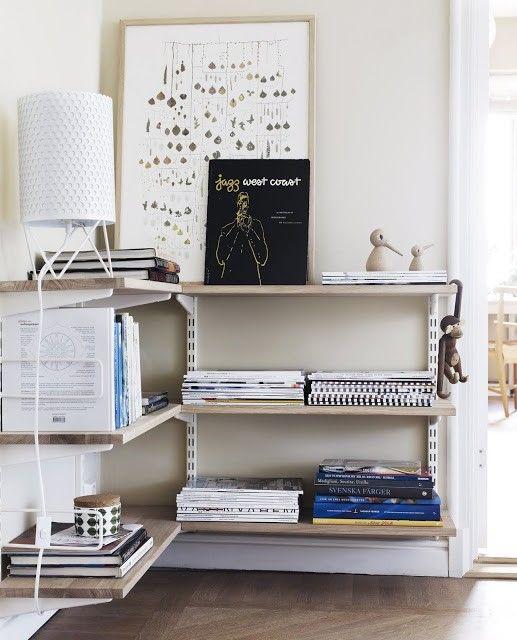 Fin lösning på bokhylla i hörn