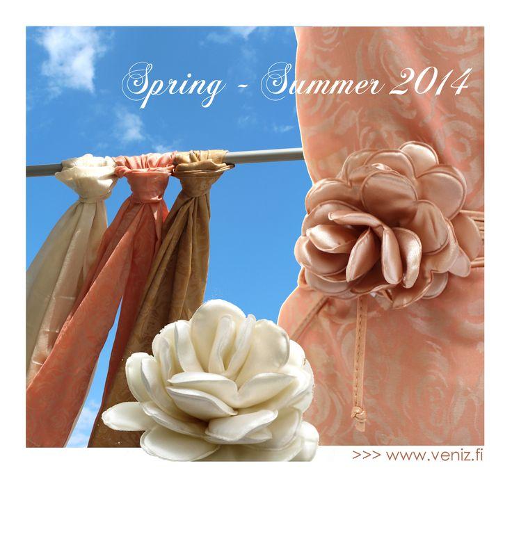 Women scarves and belts.  www.veniz.fi