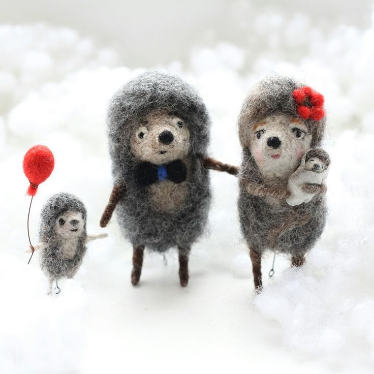 Cute gift idea Hedgehogs family with kids - needle felted figurines, wedding gift, love symbol, love gift for family