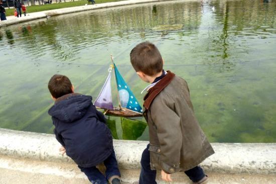 Culturefish! Tours: at the Louvre gardens