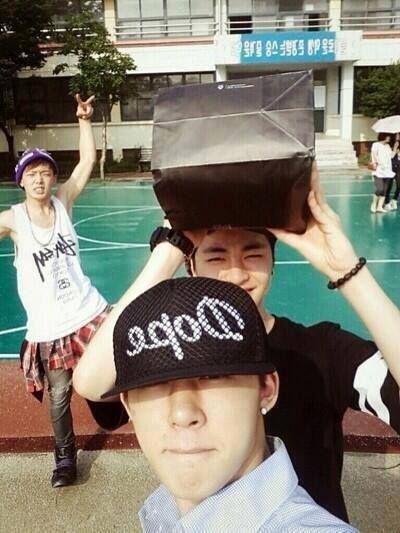 Bobby, B.I and Junhoe!