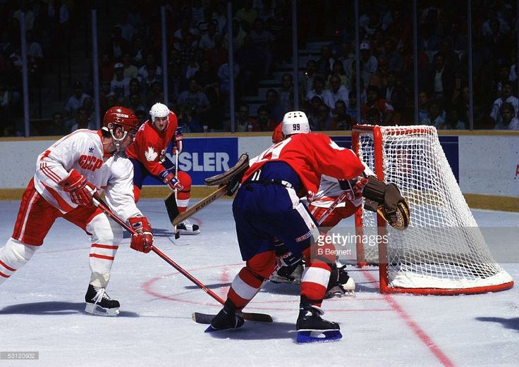1987 Canada Cup - Game 2: Team Canada v Team Soviet Union Pictures ...