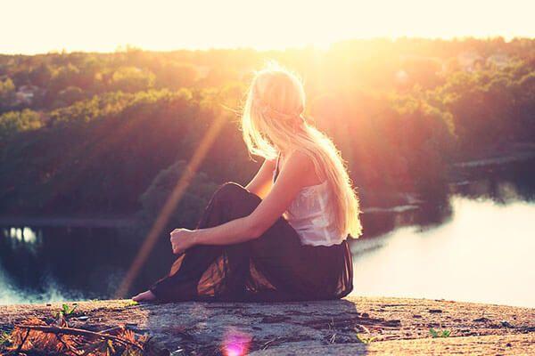 ¿Quieres saber por qué se suele #caer más el #cabello en #otoño? Lee nuestro post