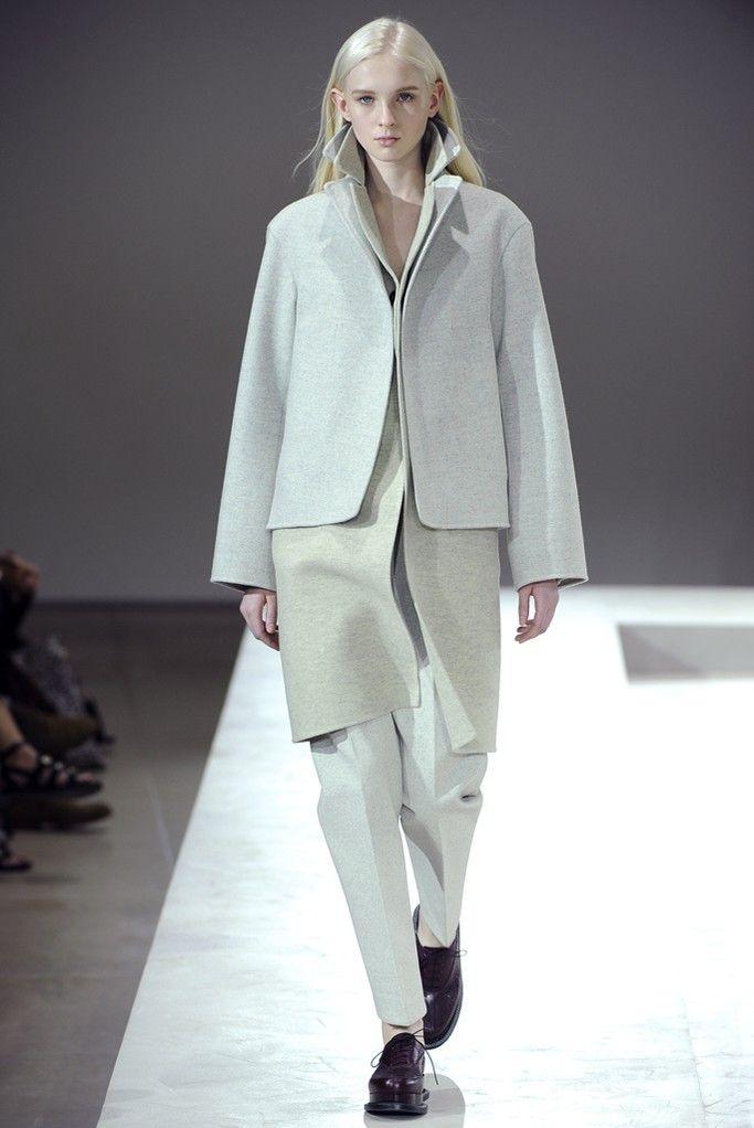 Jil Sander RTW Fall 2014 - Slideshow - Runway, Fashion Week, Fashion Shows, Reviews and Fashion Images - WWD.com