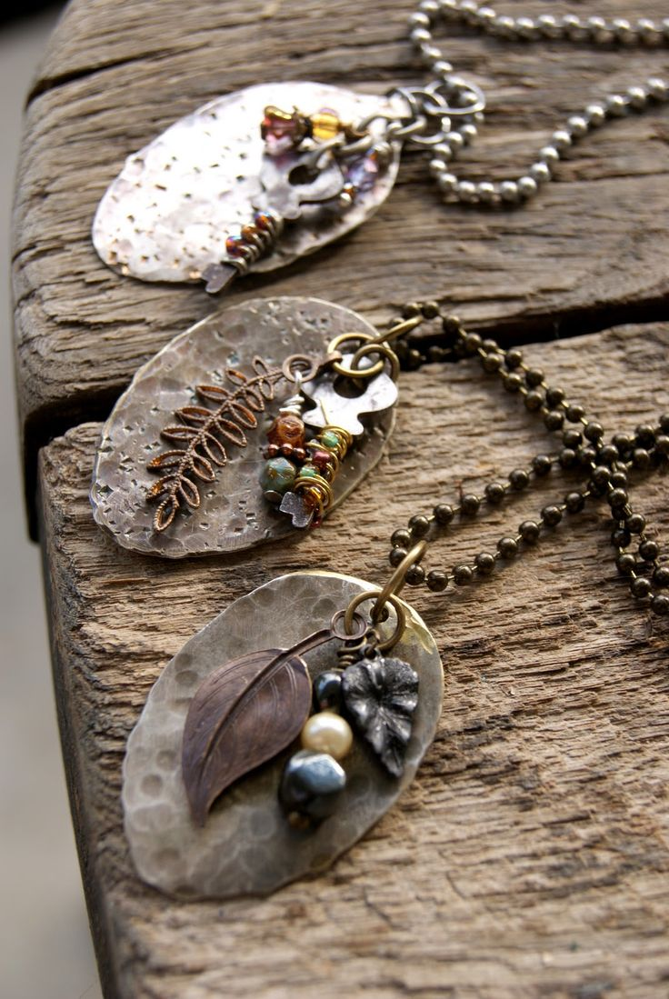 Flattened spoons - this one is the coolest ever. Buy some old spoons on flea market and flattened them with a hammer. You need the right tools for cutting the handles and drilling the holes. Or you find yourself a handyman. put a little silver heart, a small key and some beads.