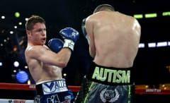 Canelo Alvarez fights Liam Smith.