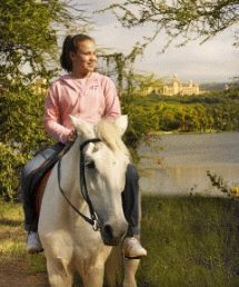 Shepherds Bush Riding Centre - Join us for relaxing horse rides in the beauty of the Pilanesberg. Riding trips leave hourly. Experienced riders, beginners and children welcome. Fifteen minute pony rides for the experienced, and 30 or 50 minutes for the more adventurous.