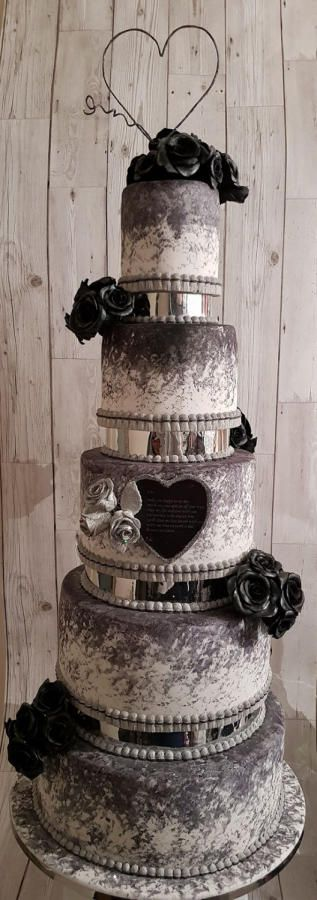Wedding Cake by SwissMiss Cakes & Bakes - http://cakesdecor.com/cakes/295582-wedding-cake