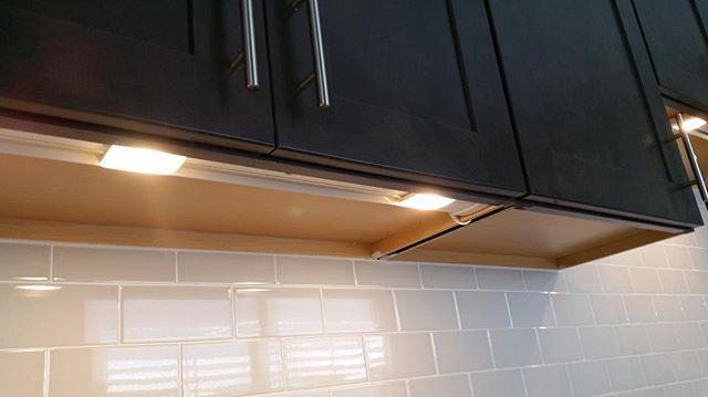 String Lights Under Cabinets : 17 Best ideas about Under Cabinet Lighting on Pinterest Under counter led lights, Under ...