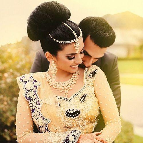 Indian wedding photography for all Bridal Portrait Photo Shoots. Social Wedding Album is famous wedding photographers in Delhi provides Indian wedding photographers on your budget in Delhi NCR & Gurgaon.