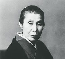 UEMURA Shoen (1875~1949): an important woman artist in Meiji, Taishō and early Shōwa period of Japanese painting. Her real name was Uemura Tsune. Shōen was known primarily for her bijinga paintings of beautiful women in the nihonga style, although she also produced numerous works on historical themes and traditional subjects.