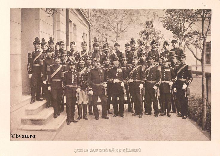"""Şcoala Superioară de Război, 1902, Romania. Ilustrație din colecțiile Bibliotecii Județene """"V.A. Urechia"""" Galați. http://stone.bvau.ro:8282/greenstone/cgi-bin/library.cgi?e=d-01000-00---off-0fotograf--00-1----0-10-0---0---0direct-10---4-------0-1l--11-en-50---20-about---00-3-1-00-0-0-11-1-0utfZz-8-00&a=d&c=fotograf&cl=CL1.4&d=J015_697980"""