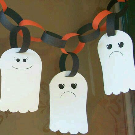ghost garland halloween crafts aunt annies crafts make the garland match the holiday or birthday party