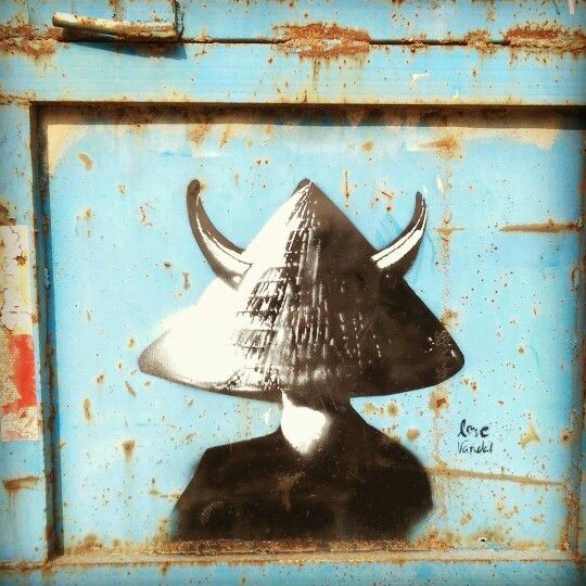 "In #china ""wearing a green hat"" 戴绿帽子 (dài lǜ mào zi)  is a #popular #saying meaning being a #cuckold. #streetart #streetartshanghai #shanghaistreetart #shanghai #shanghaigraffiti #graffitishanghai #chinastreetart #streetartchina #chinaart #shanghaiart #instastreetart #instagraff"