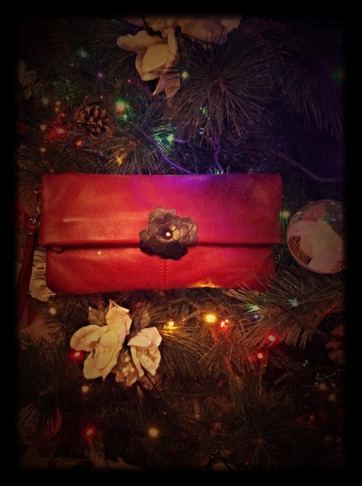 http://monicacucurnia.wordpress.com/2014/12/27/buon-2015-da-la-borsa-rossa-seguite-la-via-della-passione/