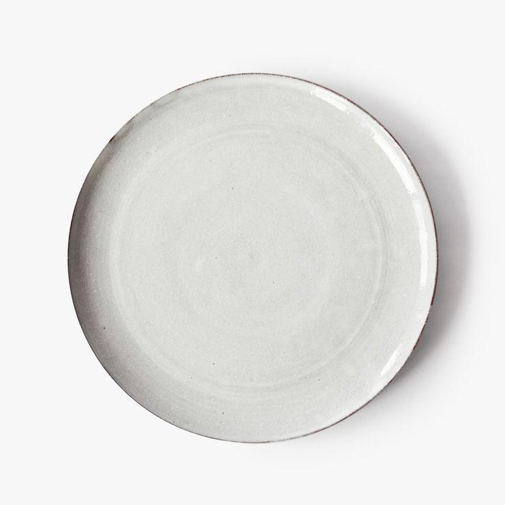 ceramic plate Nina Rail #ceramics #white #simple #handmade #hnstly