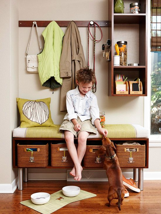 Make Your Own Mudroom: Idea, Benches, Mudrooms, Mud Rooms, Front Doors, Storage Baskets, Small Spaces, Families, Small Entry