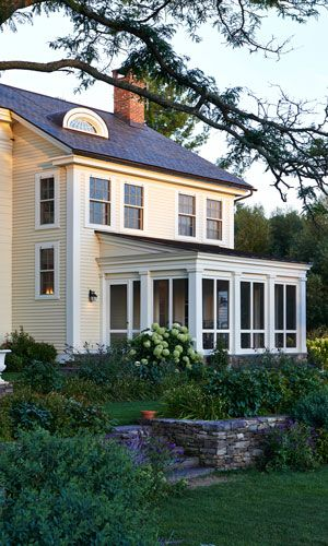 Custom, mill-built reproduction Georgian and Early-American colonial homes. We offer high quality craftsmanship for affordable residential architecture.