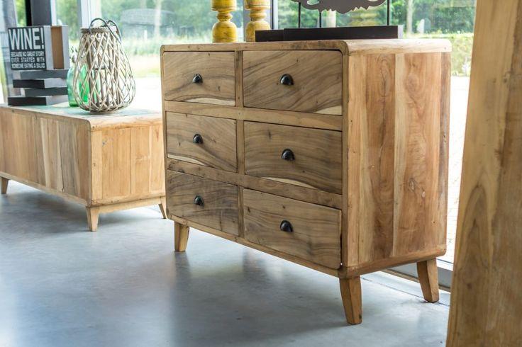 Teak dressoir. Meerdere varianten verkrijgbaar. Ruben Betsema wonen in stijl. www.rubenbetsema.nl #dressoir #woonkamer #interieur