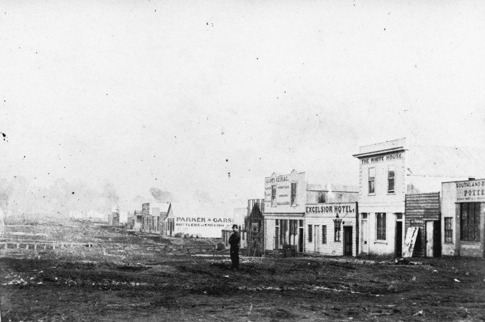 Hokitika Businesses 1869 - 1866 is the year in which The Luminaries is set