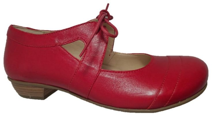 Brako shoes with low heel by Brako. Buy it 115,00 €