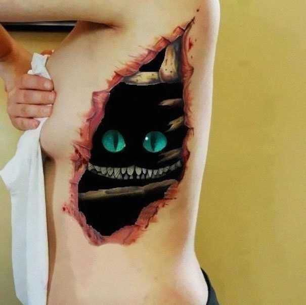 Tatto ini terlihat lebih realistis karena bersifat 3 dimensi. Gambar-gambar yang dihasilkan pun nampak sangat nyata dan begitu hidup, terlihat unik dan keren