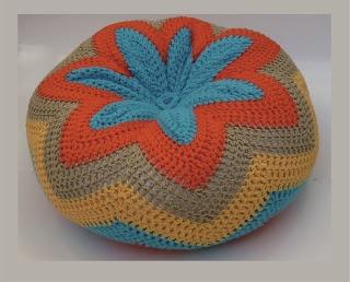 """""""Artesanal"""" Diseño en Tejidos: Almohadones al crochet - Flor y ondas!"""