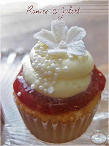 Guava and Cream Cheese Cupcake